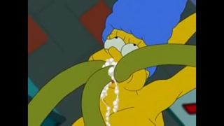 Kang y Kodos Usan A Marge Simpson Para Encubar sus Huevos.